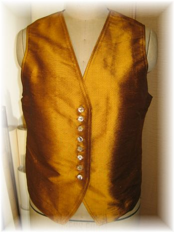 simple vest by silk