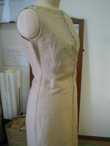 re_maked_linen_tightdress