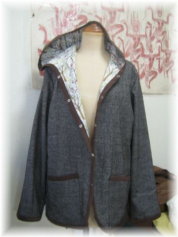 Hooded_jacket