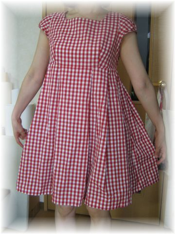 gingham_check_dress