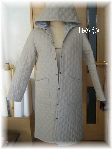 Coat_by_libertyQuilting_fabric